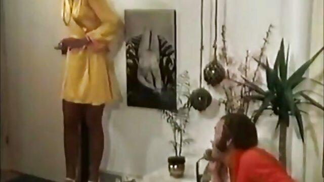 Ritta Neri演劇とともに彼女のタイト滑り 女の子 用 無料 av