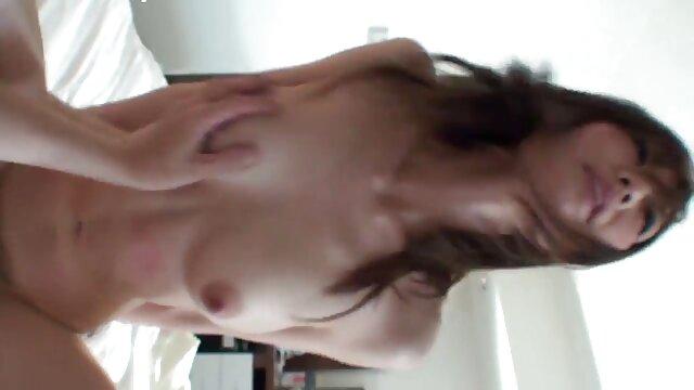 TrannyKingzはClaudia Lins吸fucks 女の子 用 エッチ 動画